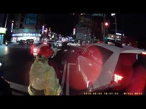 白目BMW三寶紅燈超線停車被警察吼倒退