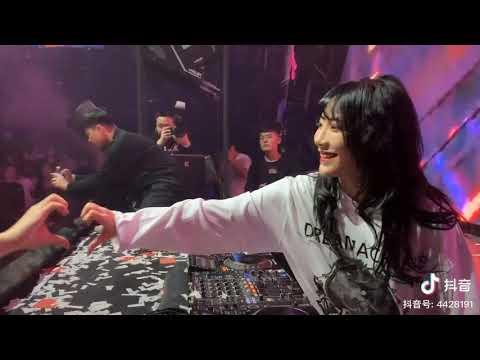 LK Nhạc TikTok Trung Quốc Remix Hay Nhất 2021   Đáp Án Của Bạn Remix《阿冗 - 你的答案》   Nền DJ Tracy 💖💖💖💖