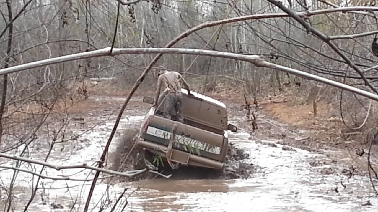 Jacked Up Chevy Trucks >> Big chevy mud truck - YouTube