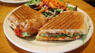 Panini de Tres Quesos / Pan de tres quesos