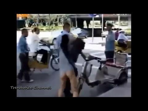 【衝撃映像】 下半身丸出しで怒る女性 他 | 仰天ハプニング映像集 #16 HD 720p  TVC