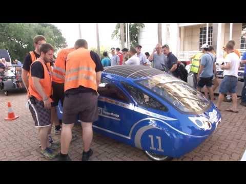 PowerCore SunCruiser auf der World Solar Challenge 2013