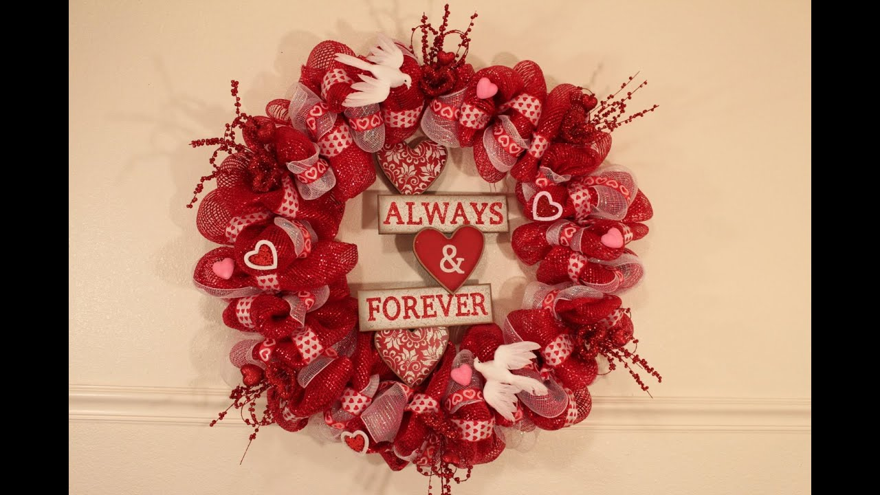 Valentines Day Deco Mesh Wreath Tutorial Youtube