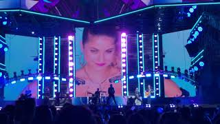 Sofia Reyes - Llegaste tu (ft  Reykon), Muévelo (ft Wisin) 'Premios Telehit 2018' Estadio Azteca Video