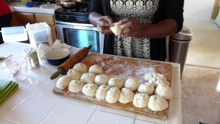 how to make curry and roti by my mom guyanese style