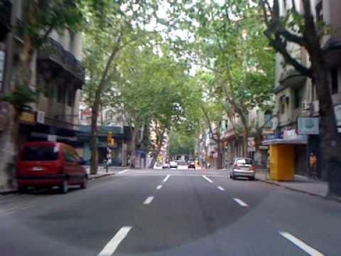 Desde Tres Cruces hasta Ciudad Vieja - Um brasileiro em Montevideo.