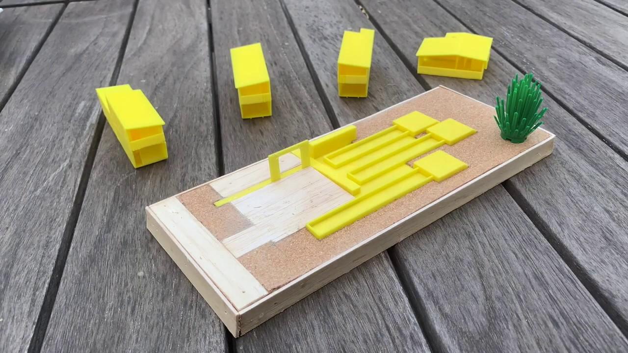 How do 4 houses make one Polyhouse?