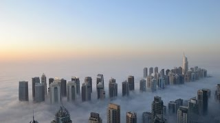 Amazing Foggiest Day in Dubai UAE in December Winter - Expectacular Dia nublado desde Dubai Marina