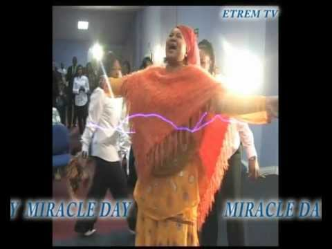ETREM MIRACLE DAY