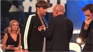 GF VIP 2017: SCONTRO TRA DAMANTE E SIGNORINI FUORI ONDA thumbnail