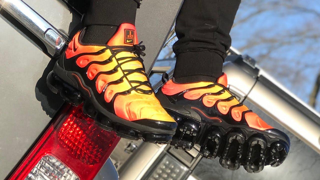 6ba7f2c9b964c Nike vapormax Plus - YouTube