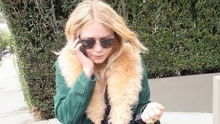 07/05/2008 - Mary-Kate Olsen gets visibly annoyed with the paparazzi while out in Brentwood