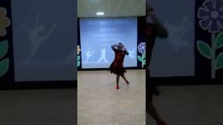 Chitiya Kalaiya...Instrumental dance by Akshita Sen