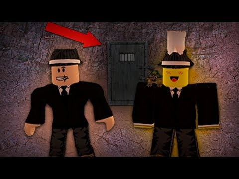 FINDING OUR NEW SECRET BASE (Roblox Jailbreak Roleplay)