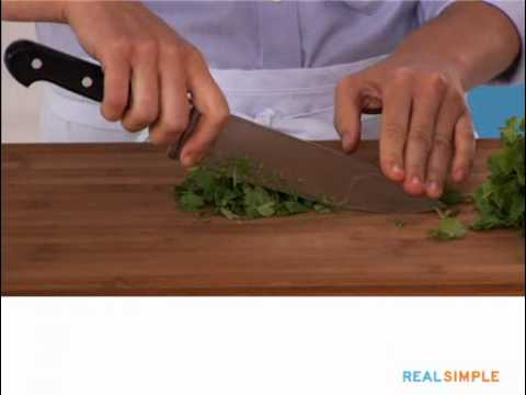 Real Simple How To: Prepare Cilantro