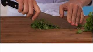Real Simple How To: Prepare Cilantro