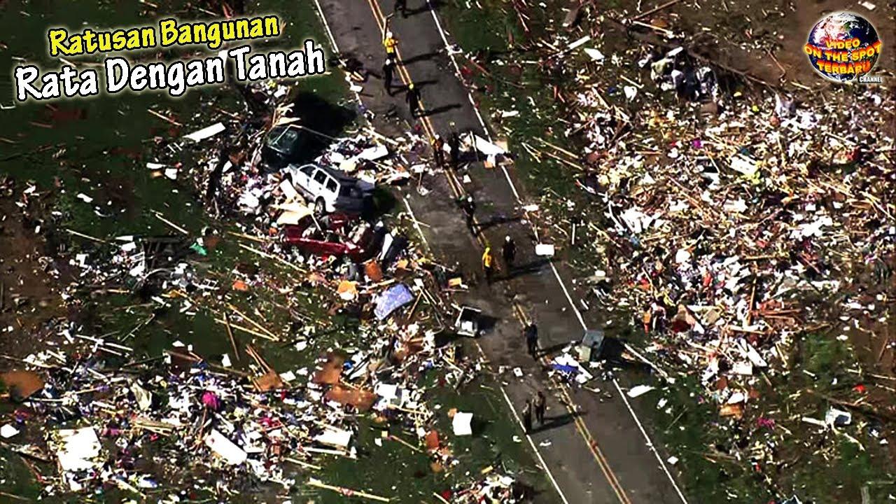 Tornado Super DAHSYAT Menghantam Wilayah ini, Seketika Semuanya Rata dengan Tanah.!!