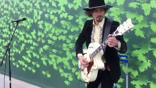 Joe Franco, Messin' Around - Busking in the streets of London, UK