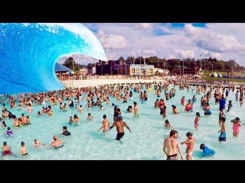 Big Wave Pool Mt. Olympus Poseidon's Rage - HUGE WAVE