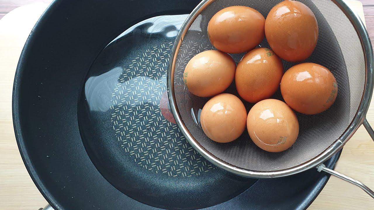뜨거운 기름에 계란을 던지면 결과에 충격 받을 것입니다, 모두가 감격합니다 egg
