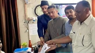 Akbaruddin Owaisi files nomination after a massive rally in his constituency
