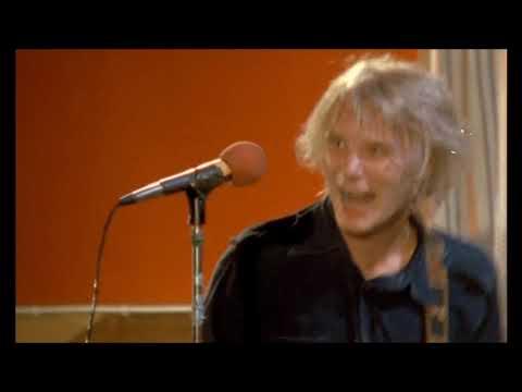 Hassisen kone - Odotat?! & Tanssin hurmaa 1981 LIVE [HD]