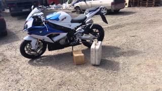 распаковка мотоцикла бмв с1000рр 2015 год.