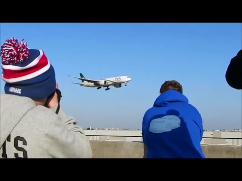 Pakistan International Airlines 777-200LR Landing @ Toronto Pearson Airport