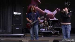 Seether Feat Amy Lee   Broken Live @ Rock In Rio 2004 HD