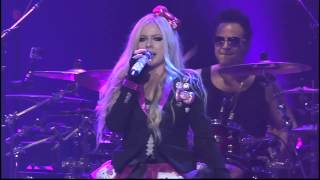 Avril Lavigne Performs Hello Kitty Live At Casino Rama