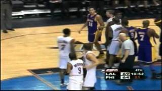 Allen Iverson and Sasha Vujacic Fight !  (2006)