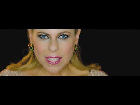 Pastora Soler - Aunque me cueste la vida (Videoclip Oficial)
