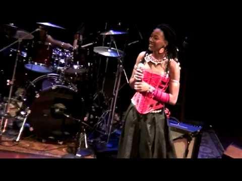Fatoumata Diawara in Chicago