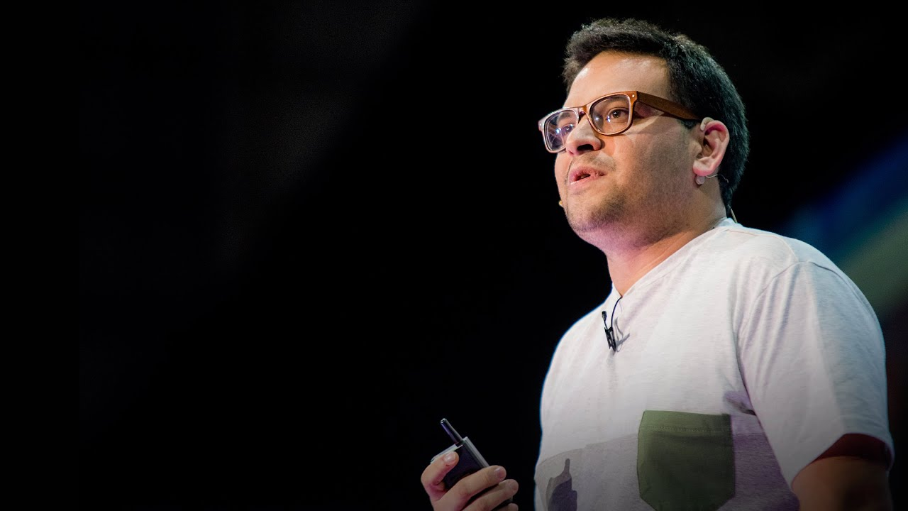 Qué es la pobreza | Daniel Cerezo - YouTube