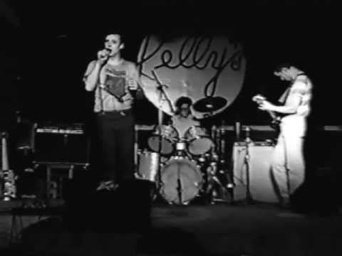 beat happening * Bewitched * live @ Kelly's ~ Norman, OK. 4-12-92