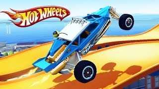 ОПАСНЫЕ ГОНКИ на машинках ХОТ ВИЛС Игровой мультфильм для детей про тачки Монстр Трак Hot Wheels
