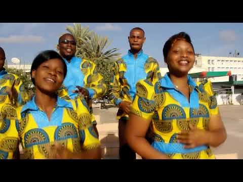 Ombeni choir,Kuwa na Yesu naona Fahari