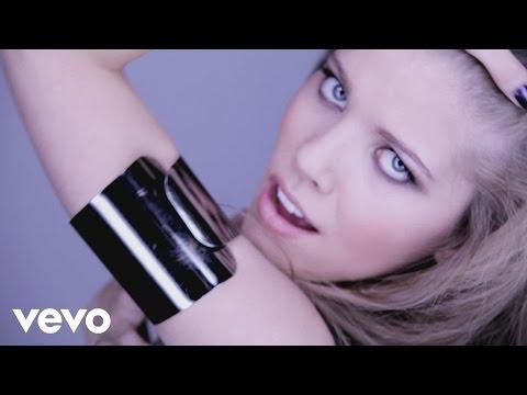 Victoria S - Voyeur (Videoclip)