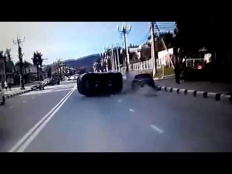 Нелепое ДТП в Южно-Сахалинске. KIA Sportage только из автосалона. Fail Crash