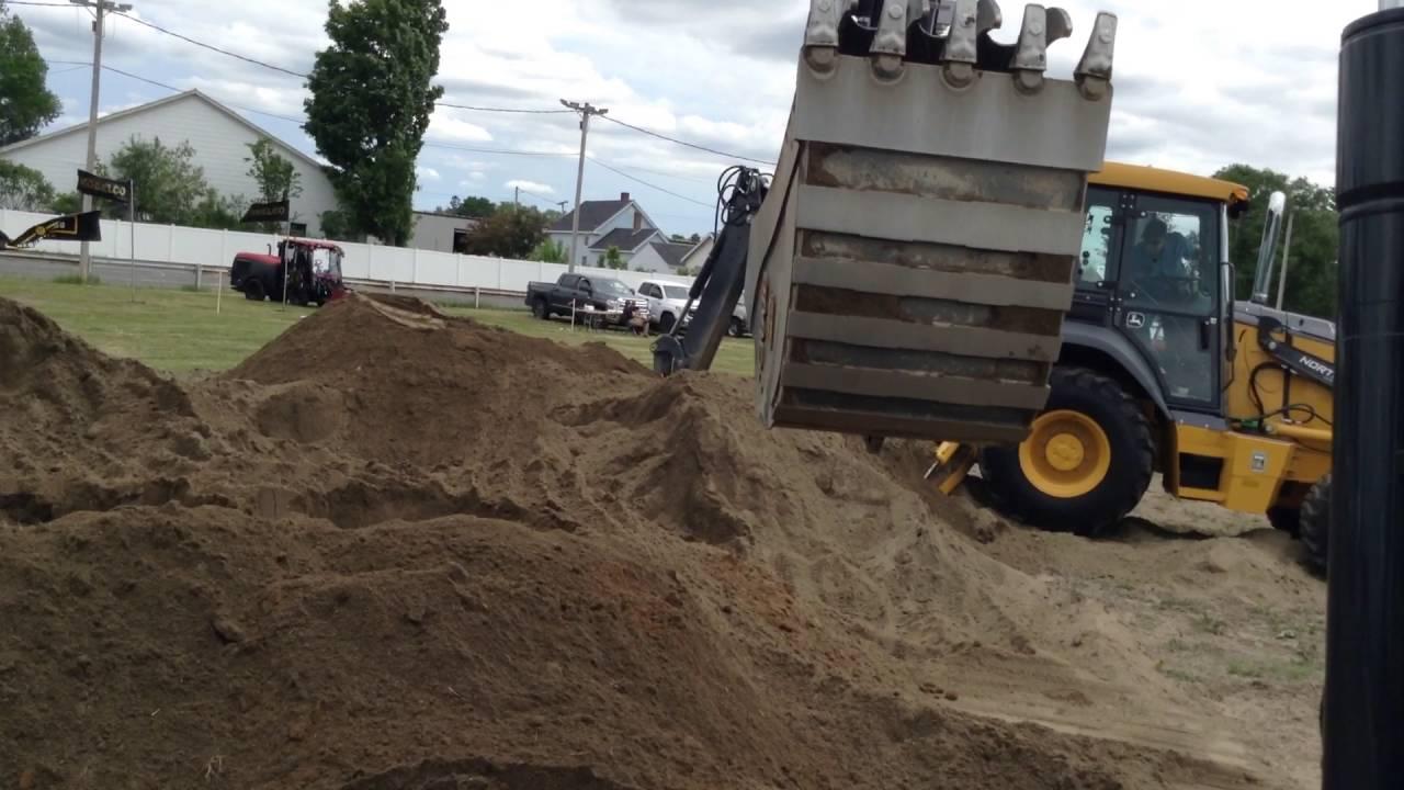 Running a John Deere 85G excavator
