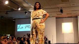 Desfile de moda para mujeres de talle grande en Brasil