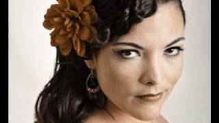 Caro Emerald- A night like this lyrics