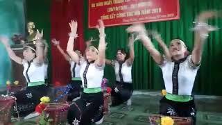 MÚA RỪNG XANH VANG TIẾNG TA LƯ   Chi hội Phụ nữ Khóm 2 TDP Phong Giang mừng 20 10 2018