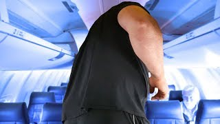 "I COULDN'T FIT ON THE AIRPLANE | 6'8"" 450LBS"