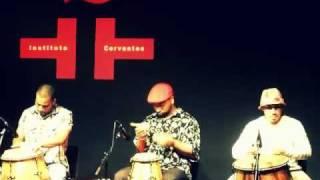 Hugo Fattoruso y Rey Tambor - Nos bailes da vida y Si te vas de mi pueblo