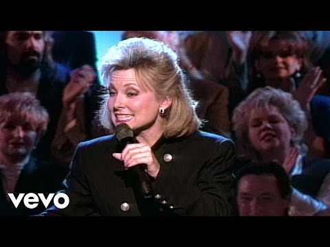 Bill & Gloria Gaither - Lead Me to the Rock [Live] ft. Janet Paschal