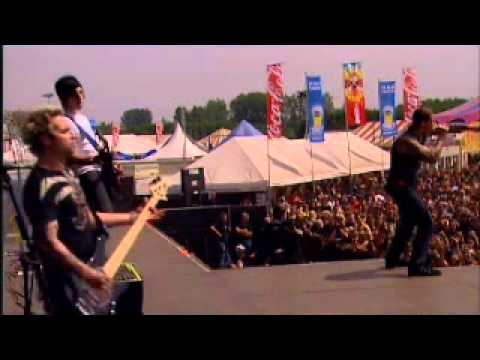 avenged-sevenfold---unholy-confessions-(live-at-graspop)