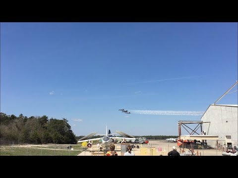 Blue Angels Circle And Arrival Pensacola NAS 2018
