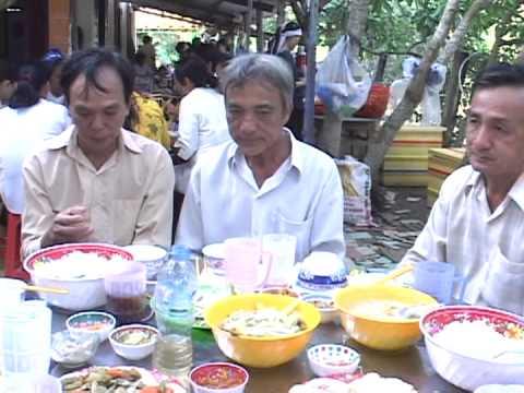 Tang Le Ong Tran Ngoc Tuy, Le Sanh: Ngoc Tuy Thanh theo nghi thuc Cao Dai clip 2 part 4