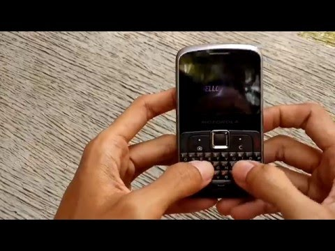 Unboxing Video : Motorola EX115